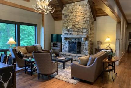 Balsam Mountain Getaway - Many Luxe Amenities and Arnold Palmer Signature Course!