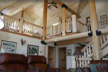 Luxury Log Mountain Home - Close to Wolf Creek!