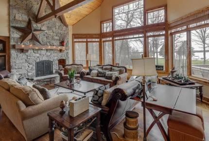 Leech Lake Dream Retreat - Walker, Minnesota
