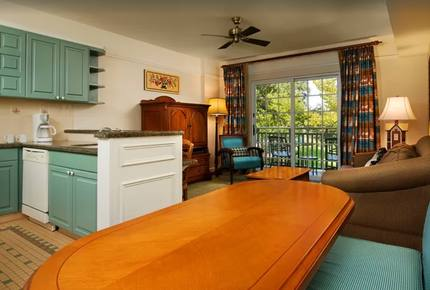 Disney's  Saratoga Resort & Spa - Close to All of the Disney Parks!