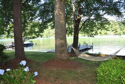 Lake Burton Hideaway - Clarksville, Georgia