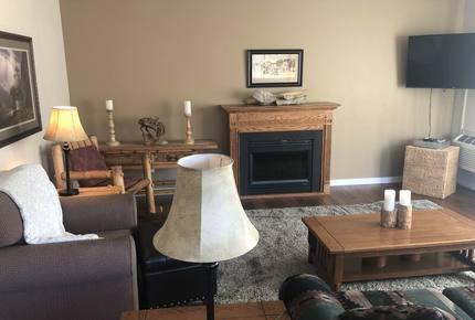 Marina Cay Family Retreat - Flathead Lake - Bigfork, Montana