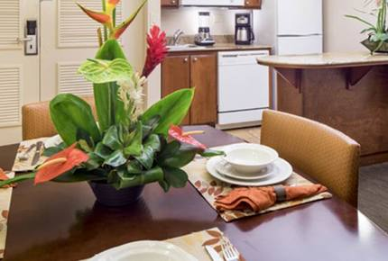 Ka'anapali Beach Club - One-Bedroom Deluxe Ocean View Residence
