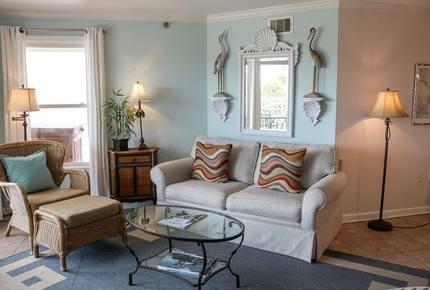 Oceanfront Luxury Retreat