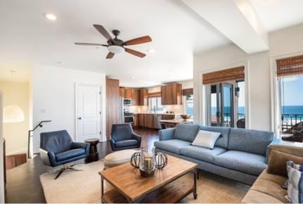 Beautiful Manhattan Beach Luxury Retreat