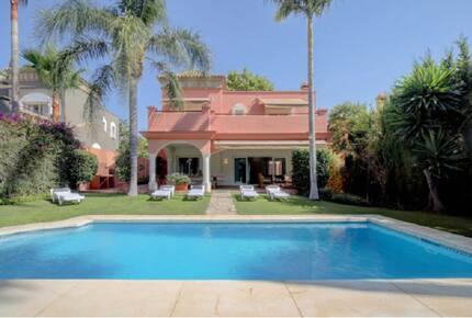 Private Luxury Villa and Gardens