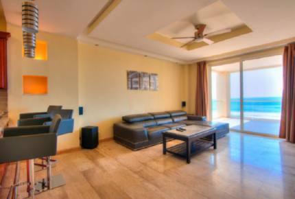 Beachfront Luxury Retreat