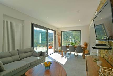 Mountainside Villa with Beach Proximity Villa