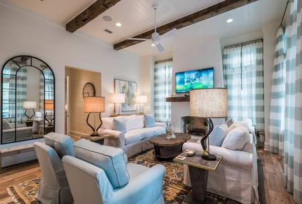 30A Watercolor Beach Home and Carriage House
