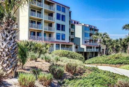 Peaceful Oceanfront Villa - Fernandina Beach, Florida