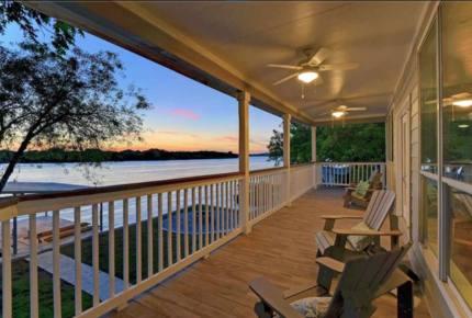 Perfect Lakehouse Getaway on Lake LBJ - Horseshoe Bay/Kingsland