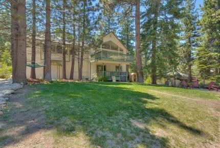 Oak Ridge Retreat - South Lake Tahoe, California