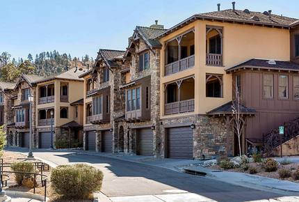 Big Bear Large Luxe 3 Bedroom Townhome - Great for Ski and Summer!