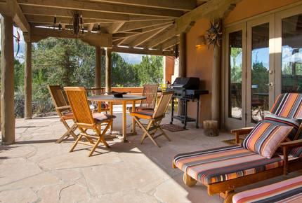 Sprawling Private Santa Fe Manor w/ Opulent Patio