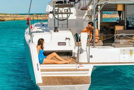 """42' Catamaran Lagoon 42 """"Juliamy"""" - Navigare Yachting"""