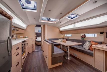 2021 Jeanneau 54' Sailing Yacht