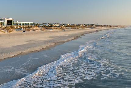 Stylish Island New-Build: Game Room, Walk to Beach