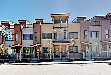 New Listing! Brand-New Townhome w/ Rooftop Deck