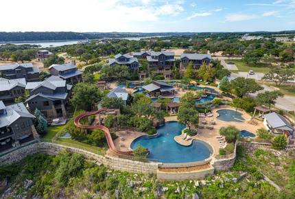 Luxury Reserve at Lake Travis Retreat with Hot Tub - Spicewood, Texas