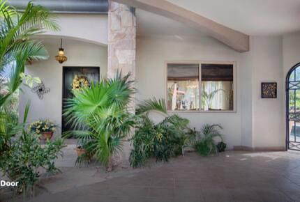 Casa Baja