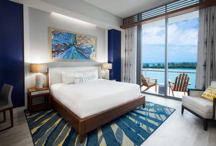 One Particular Harbour-Premium Ocean View King Studio - Nassau, Bahamas