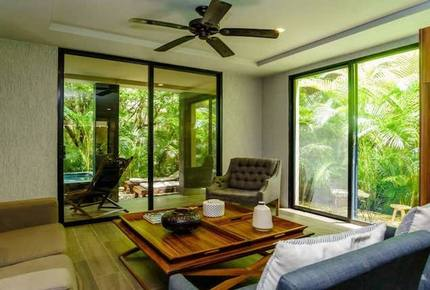 Luxury Condo @Arthouse, Exquisite decor w/ private pool