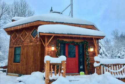White Mountains Owl Roost Luxe Yurt - Bretton Woods, New Hampshire