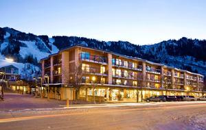 Gondola Plaza - 3 Bedroom Residence - Aspen, Colorado