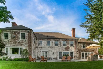 Irish Country Estate In The Berkshires