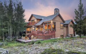 Elk Circle Luxury Mountain Home - Close to all Summit County Skiing! - Dillon, Colorado