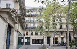 Paris Rooftop Apartment in La Madeleine - Paris, France