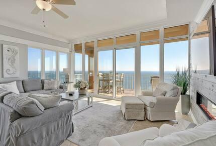 Spacious condo with Gorgeous Views - Orange Beach, Alabama