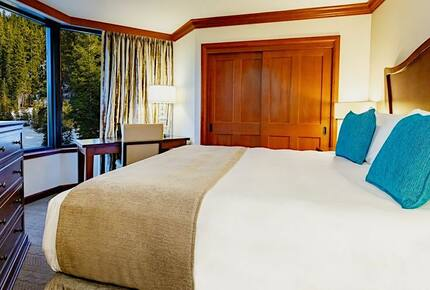 Resort at Squaw Creek w/ Ski-In/Ski-Out Access! - Olympic Valley, California