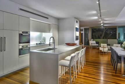 Designer City Park Villa - New Farm, Australia