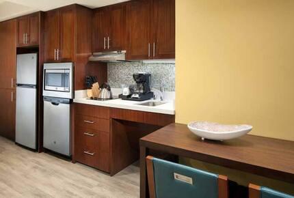 Home Exchange, Sheraton Kaua'i Resort unit, kitchenette