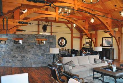 Fox Run Lodge - Big Sky, Montana