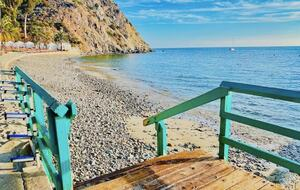 Home exchange in Avalon, CA, steps to the beach