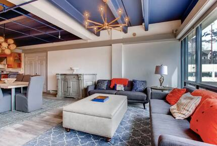 Home exchange in Crested Butte CO, two living room sofas