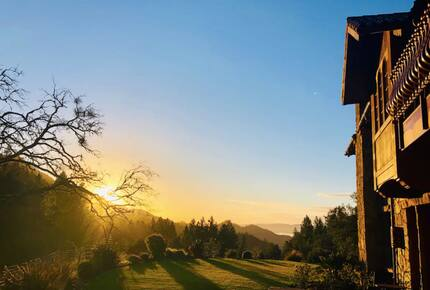 Home exchange in Calistoga CA, sunset views from the patio