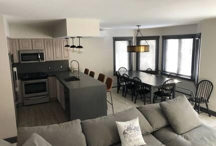 Home exchange in Jay Peak VT, open floor plan main living area