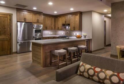 Welk's Northstar Lodge - Three Bedroom Residence - Truckee, California