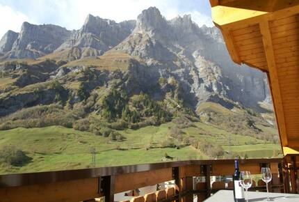 Cozy Attic Apartment overlooking the Swiss mountains - Leukerbad, Switzerland