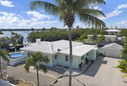 Sun and Fun Luxe Keys Home - Marathon, Florida