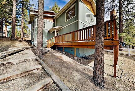 Cabin by the Lake | Gilner Point | Private Hot Tub - Big Bear Lake, California