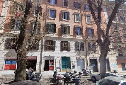 Home exchange in Rome Italy, first floor loft in Trastevere