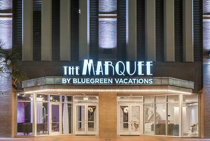 Home exchange in New Orleans LA, The Marquee Resort at night