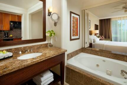 Home exchange in Kaua'i HI, Heavenly Bath® with whirlpool tub
