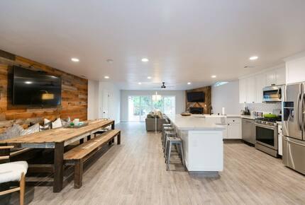Home exchange in Bass Lake CA, open floor plan main living area