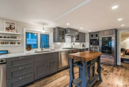 Home exchange in Park City UT, kitchen with Carrera marble countertops