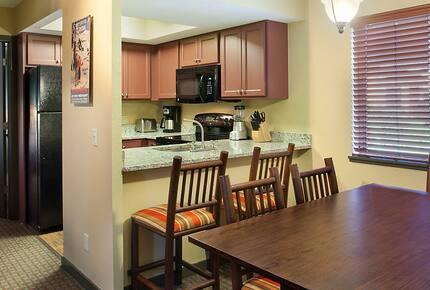 Home exchange at Christmas Mountain Village, 2 bed villa kitchen